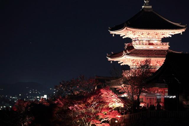 kyoto_at_night_by_jyoujo-d5nl29v