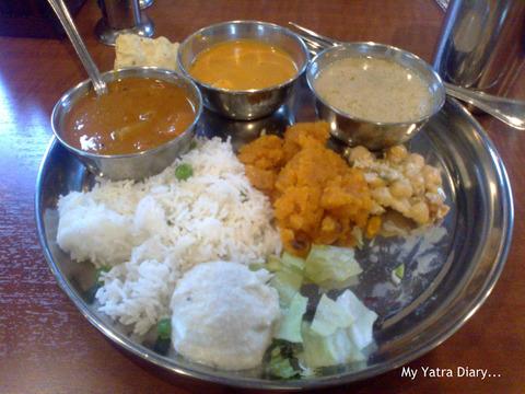 +meal+in+Japan+ISKCON+temple