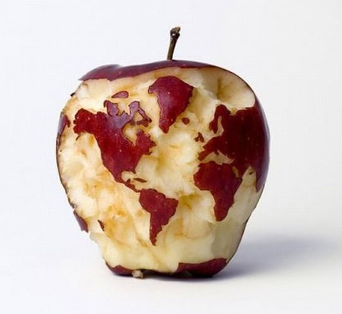 happy_apple_earth_day1
