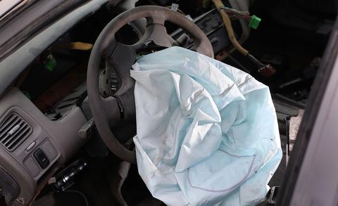 2001-Honda-Accord-deployed-airbag