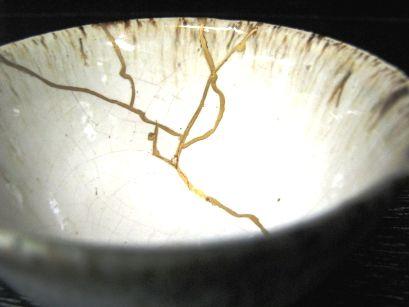 3ca88f61befdd8f744f98522b6dfee03--kintsugi-japanese-pottery