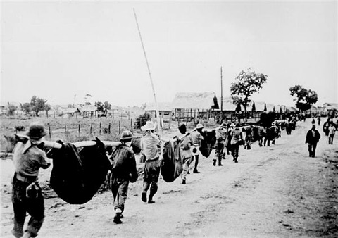 1945-–-Sandakan-Death-March-2-Battlefield-Tours