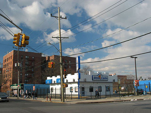 640px-NYC_White_Castle_Rockaway