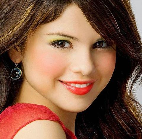 Selena-Marie-Gomez