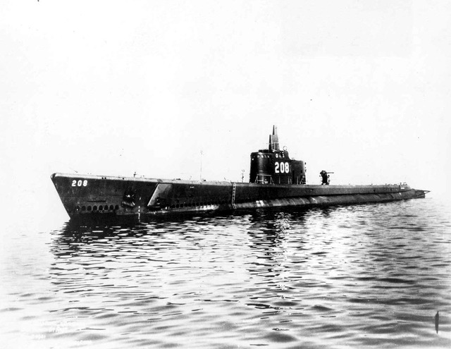 USS_Grayback_(SS_208)