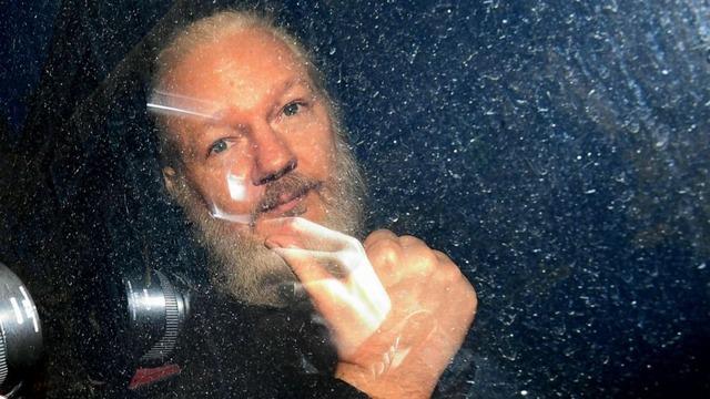 assange-arrested-ap-ml-190411_hpMain_16x9_992