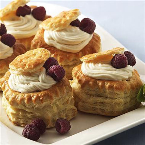 Vanilla_Cream_in_Pastry_Shells