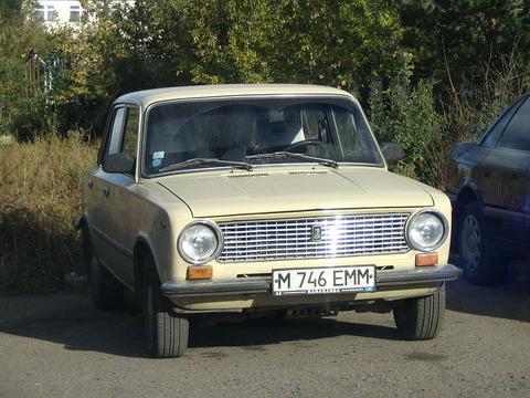 800px-Lada_2101_karaganda