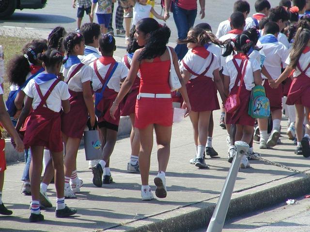 Cuban_school_children