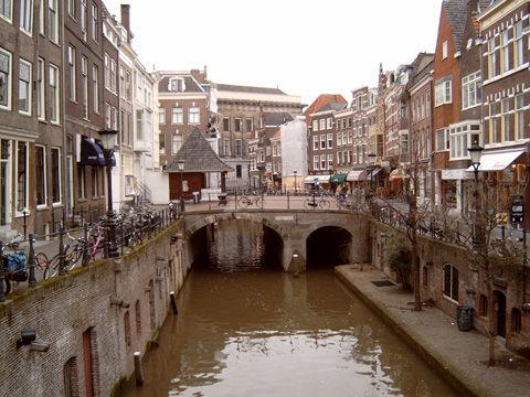 2006-02-10_Utrecht_Oude_Gracht1