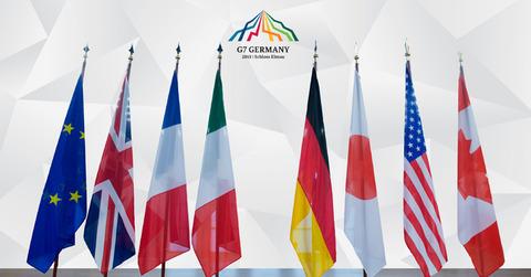 g7_fahnen_mit_logo