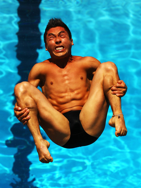 funny-diving-faces-2