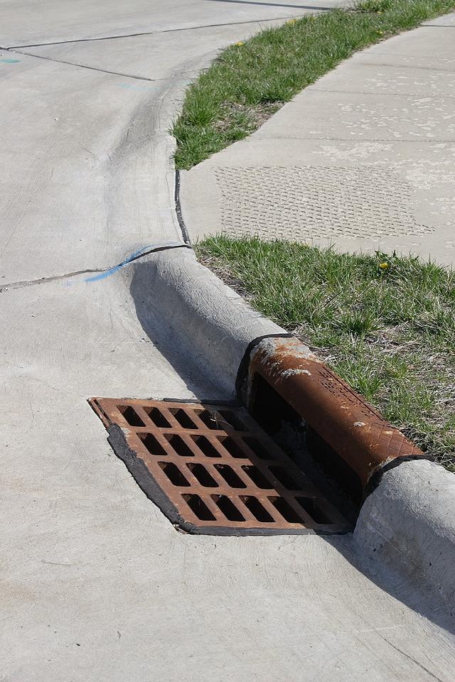 Curb_gutter_storm_drain
