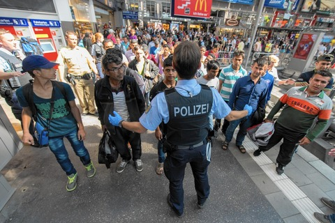 la-fg-germany-migrants-20150901
