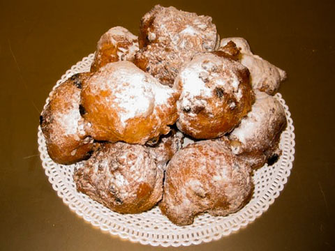Oliebol-Dutch-donut_134552