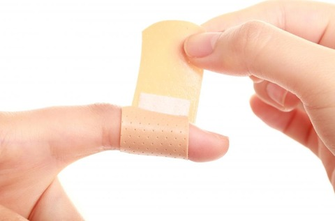 bandaid-applied-to-finger