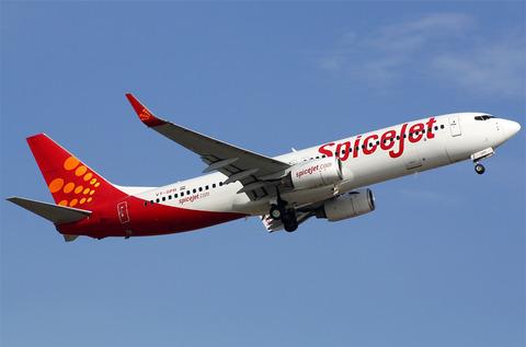 VT-SPR-SpiceJet-Boeing-737-800_PlanespottersNet_205328
