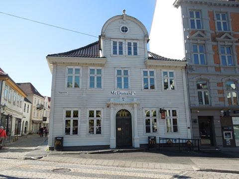 144+Bergen+McDonalds