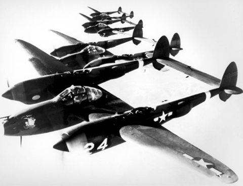 4_lockheed_p-38_lightnings_in_formation-u10911