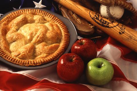 636015489143161580-602807886_Motherhood_and_apple_pie