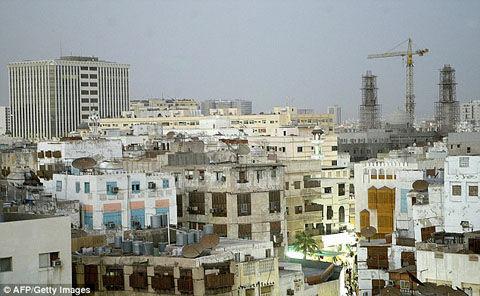 1407329586446_wps_7_Jeddah_SAUDI_ARABIA_A_gen