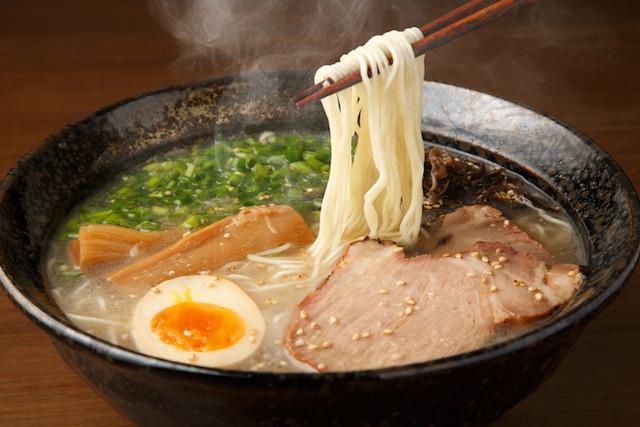 japanese-noodles-tonkotsu-ramen