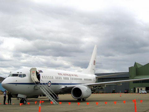 Boeing_Business_Jet_334