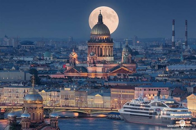 1461366847-beautiful-pictures-of-stpetersburg-russia_700x466
