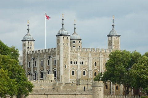 L2-CP13-Tower-of-London-744320