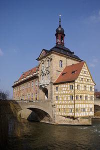 200px-Bamberg_Altes_Rathaus_BW_1