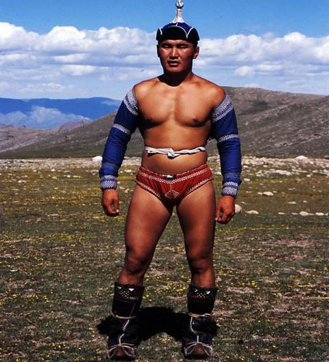 mongolian-wrestler_jpg