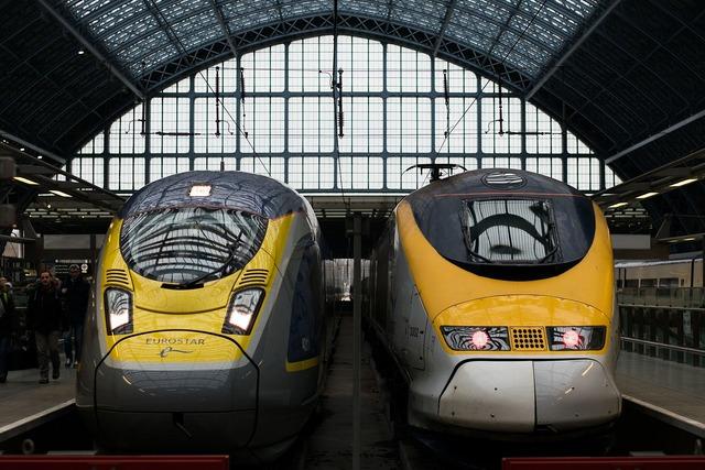 1920px-2016-02_Eurostar_trains