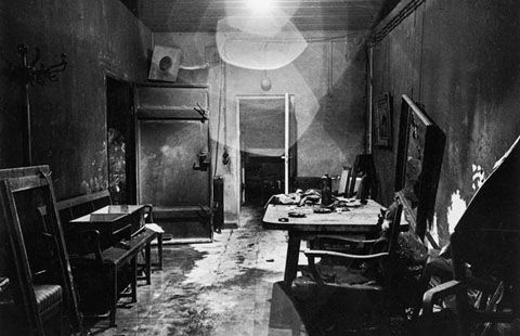 rare-photos-hitlers-bunker-underground