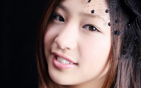 asian_face_smile_close_up_brown-eyed_29092_1680x1050