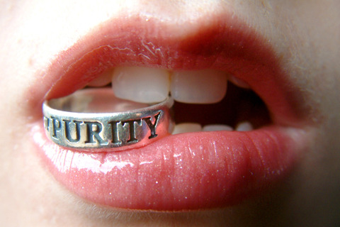 6359455626731759811112094426_purity_ring