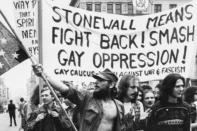 Stonewall_01_2500-1200x800