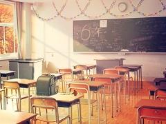 脱出ゲーム 卒業 ~最後の教室~