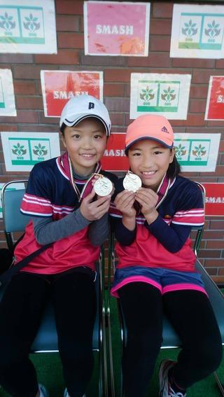 昭和の森ウィンタージュニアスマッシュカップ12歳以下女子ダブルス優勝