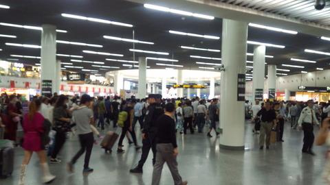 人民広場駅