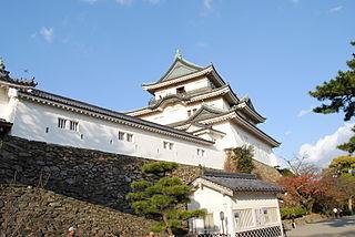 320px-Wakayama_Castle_2011_Kuruwa - コピー