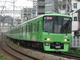 京王電鉄8000系電車(府中-分倍河原間にて、'16.07.08撮影)