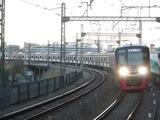 京王電鉄新5000系電車(聖蹟桜ヶ丘駅にて、'17.12.17撮影)