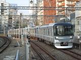 東京メトロ13000系電車(中目黒駅にて、'18.09.16撮影)