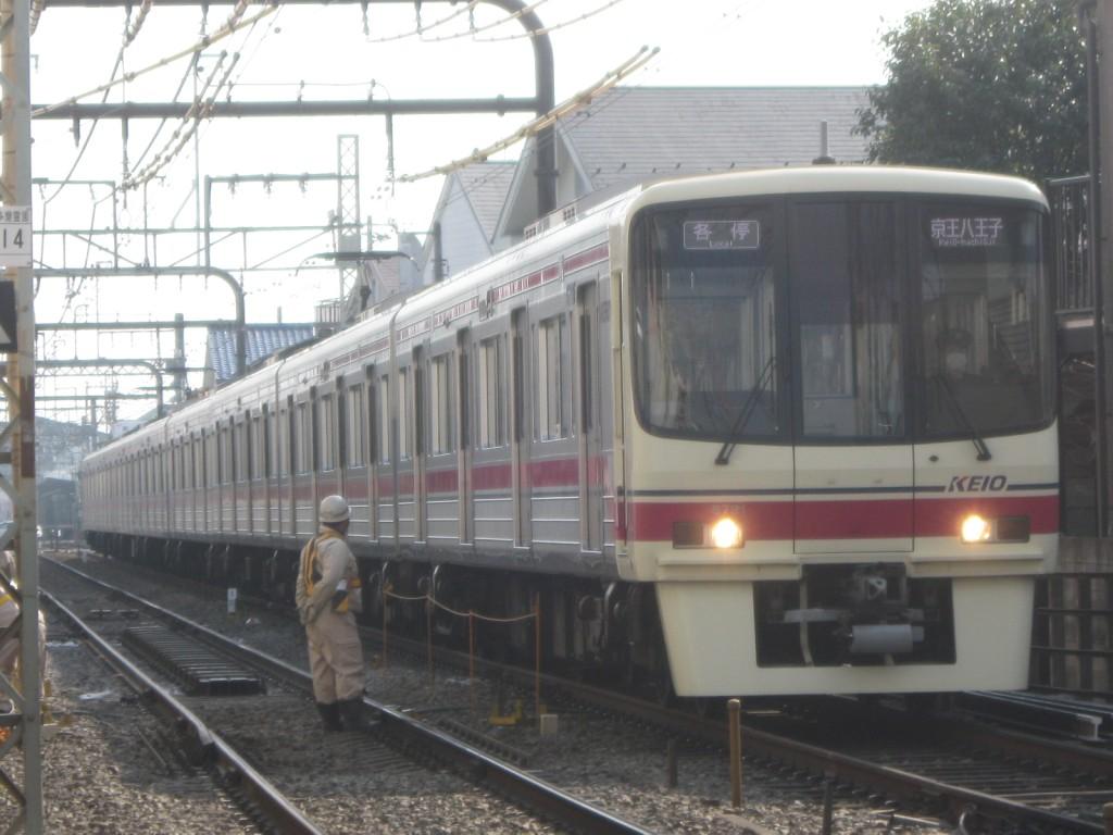 高尾山冬そば号」、動物園線の6000系などなど(2011/02/05