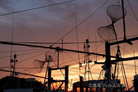 漁港_夕日_篠島_風景_漁船_#Silhouette_2012-06-22 18-57-36