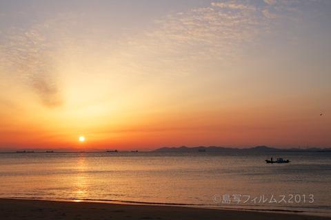 篠島前浜サンサンビーチ_朝日_ 2013-04-22 05-21-53