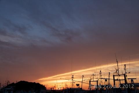 漁港_夕日_篠島_風景_漁船_#Silhouette_2012-06-22 18-58-28