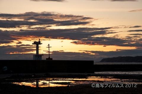 漁港_夕日_篠島_風景_写真_2012-05-03 18-27-36