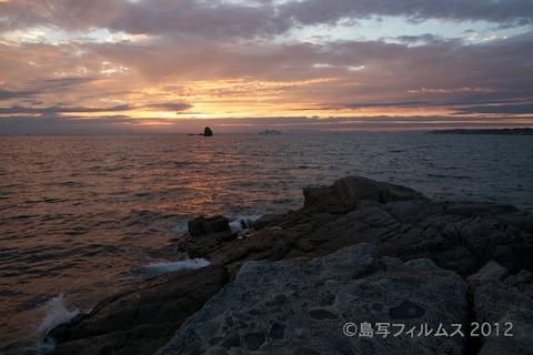 松島の夕日_ 夕陽百選_清正枕石_2012-10-02 17-29-11