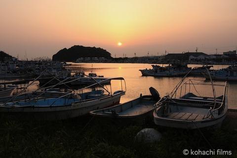 漁港_夕日_篠島_風景_島写_2011-05-20 18-25-48